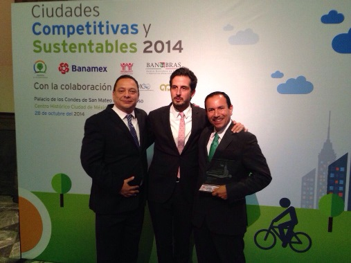 Recibe Federico Rangel Lozano Premio a las Ciudades Más Competitivas y Sustentables 2014.