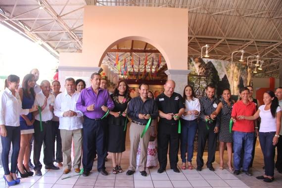 Federico Rangel Invita a Visitar el Stand del Municipio en la Feria de Todos los Santos 2014