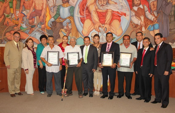 Ayuntamiento de Colima Reconoce a 4 Destacados Adultos en Plenitud en su Día Social