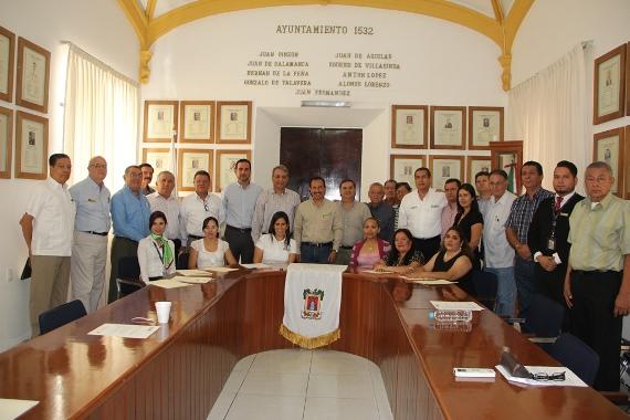Firman Convenio de Colaboración para Promover el Municipio